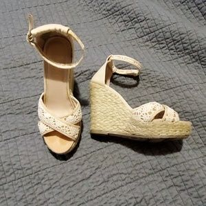 Woven Wedges Sz 6.5